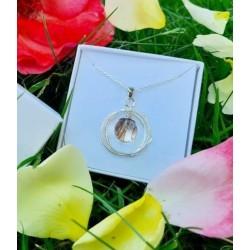 Collier avec pendentif anneaux 2 ronds/1 hexagone et perle contenant vos mèches de cheveux CM01