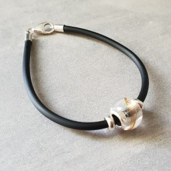 Bracelet noir avec perle contenant vos mèches de cheveux
